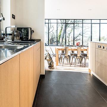 la cuisine francaise total consortium clayton. Black Bedroom Furniture Sets. Home Design Ideas
